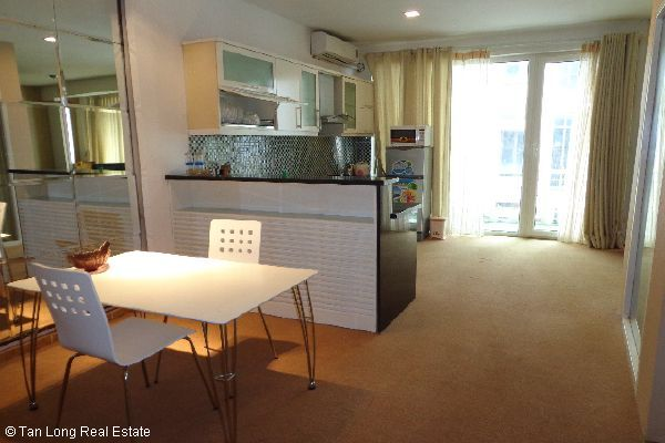Nice serviced apartment for lease in Bui Thi Xuan street 2