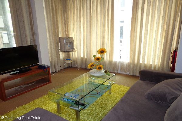 Nice serviced apartment for lease in Bui Thi Xuan street 8