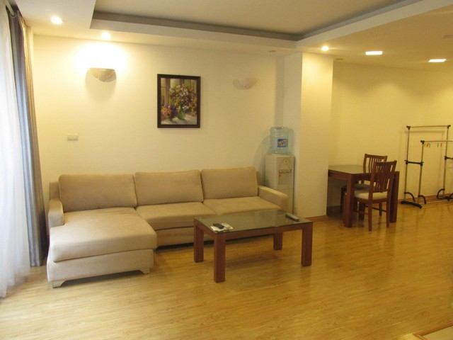 Nice serviced apartment in Truong Han Sieu street, Hoan Kiem dist for lease