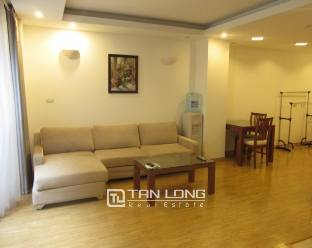 Nice serviced apartment in Truong Han Sieu street, Hoan Kiem dist for lease 1