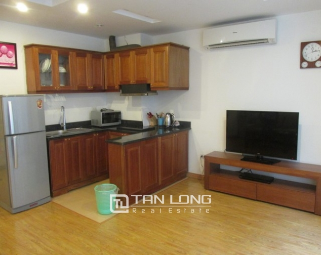 Nice serviced apartment in Truong Han Sieu street, Hoan Kiem dist for lease 2
