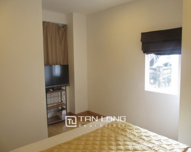Nice serviced apartment in Truong Han Sieu street, Hoan Kiem dist for lease 4