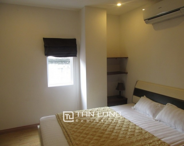 Nice serviced apartment in Truong Han Sieu street, Hoan Kiem dist for lease 5