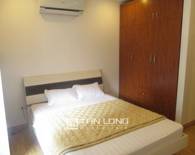 Nice serviced apartment in Truong Han Sieu street, Hoan Kiem dist for lease 6