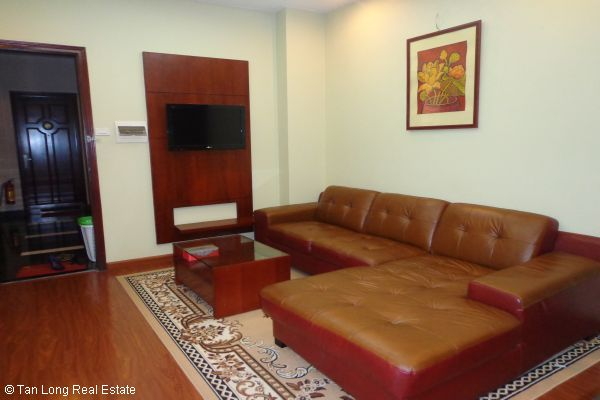 Nice serviced apartment with 2 bedrooms for lease in Cau Dat street 2
