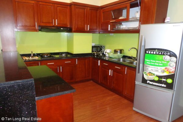 Nice serviced apartment with 2 bedrooms for lease in Cau Dat street 5