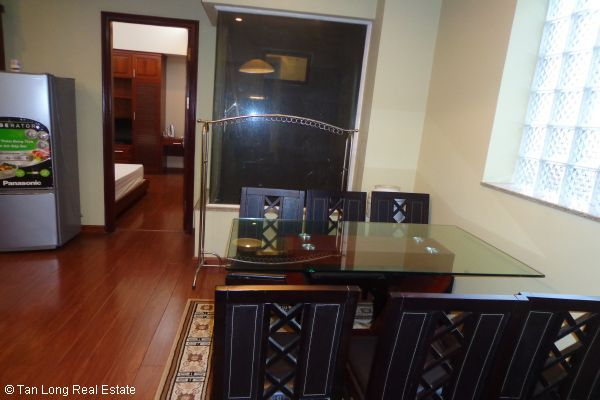 Nice serviced apartment with 2 bedrooms for lease in Cau Dat street 6