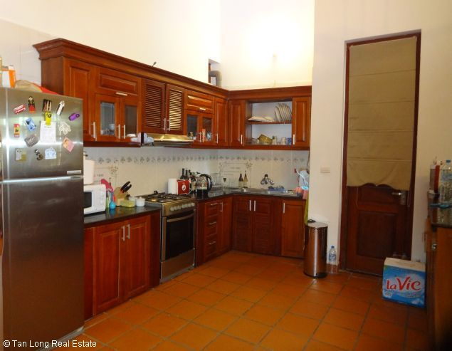 Nice three bedroom house for lease in Dang Thai Mai street Westlake Hanoi. 6