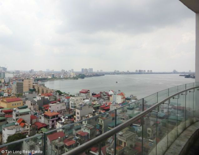 Nice two bedroom apartment for lease in W tower Golden Westlake Hanoi 3