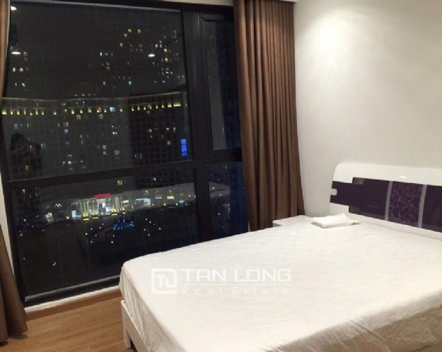 Nice view 3 bedroom apartment for rent in Royal City 4