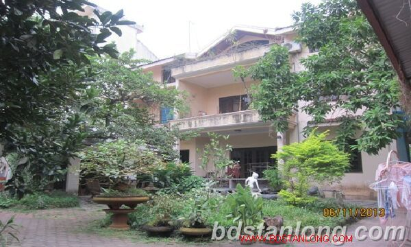 Nice villa for lease in Tay Ho district Hanoi 1