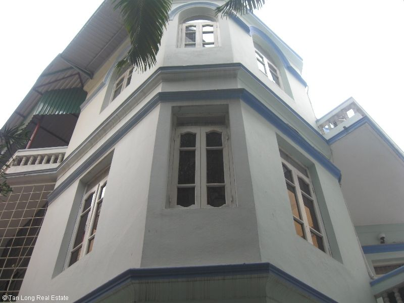 Nice villa for rent in Ngoc Ha street, Ba Dinh district. 1