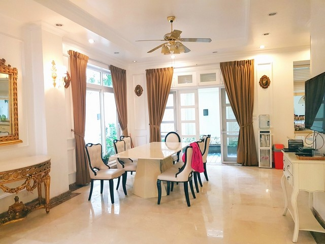 Nice villa for rent in T1 Ciputra, Tay Ho district, Hanoi for rent