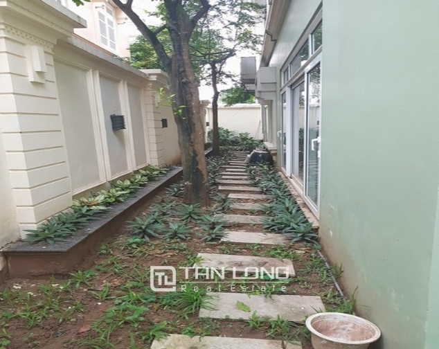 Nice villa for rent in T1 Ciputra, Tay Ho district, Hanoi for rent 3