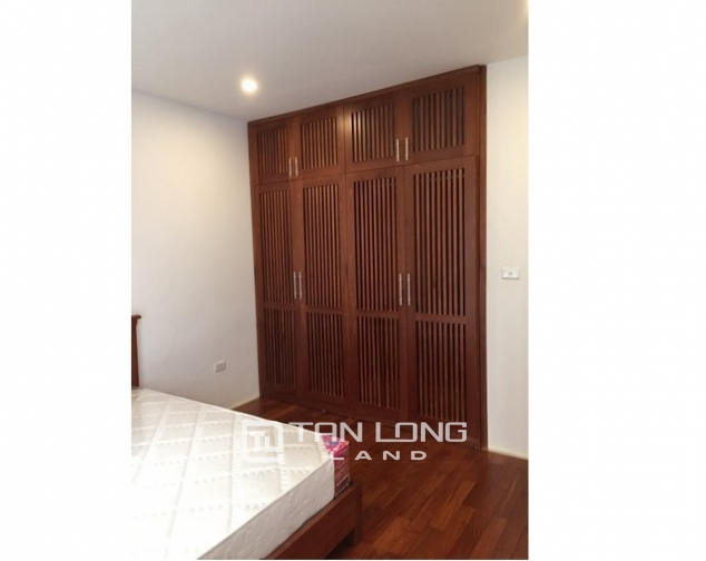 Nice villa for rent in Tay Ho Westlake 6