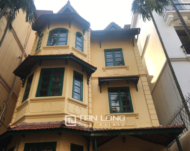 Nice villa for rent in To Ngoc Van street, Tay Ho district for lease 1