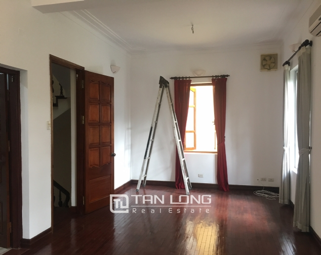 Nice villa for rent in To Ngoc Van street, Tay Ho district for lease 9