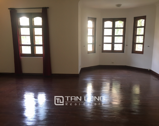 Nice villa for rent in To Ngoc Van street, Tay Ho district for lease 2