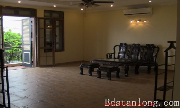 Nice villa with swimming pool rental in Au Co Hanoi 6