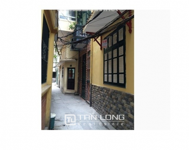 Nice villas in Ngoc Khanh street, Ba Dinh dist for lease 2