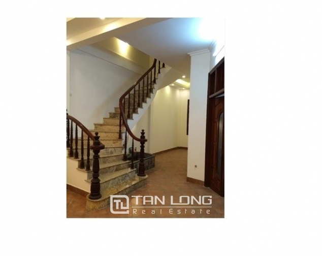Nice villas in Ngoc Khanh street, Ba Dinh dist for lease 3