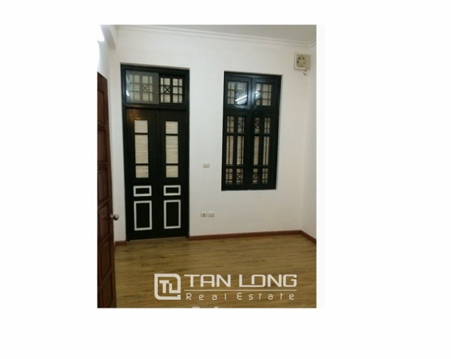 Nice villas in Ngoc Khanh street, Ba Dinh dist for lease 8