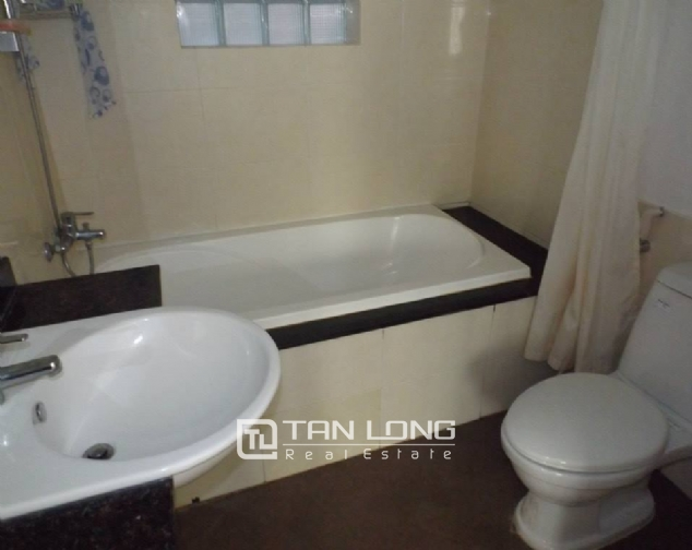 Nicely furnished apartment to rent in Pham Huy Thong, Ba Dinh, 2 beds 3