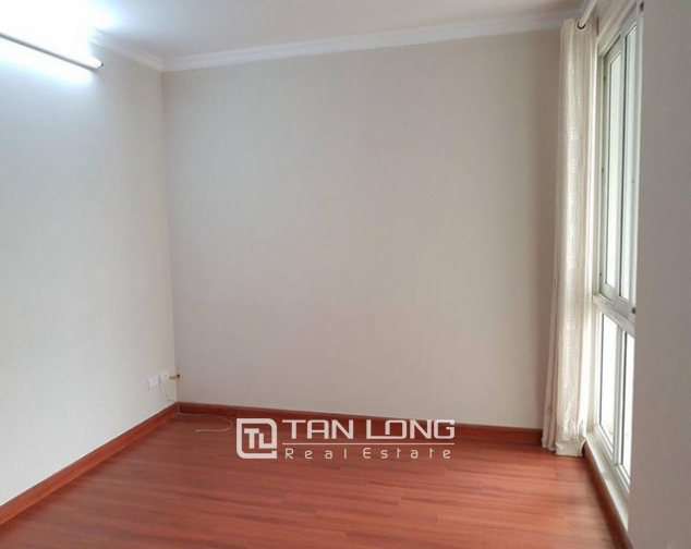 Non furnished 3 bedroom apartment for rent in P building, Ciputra 8