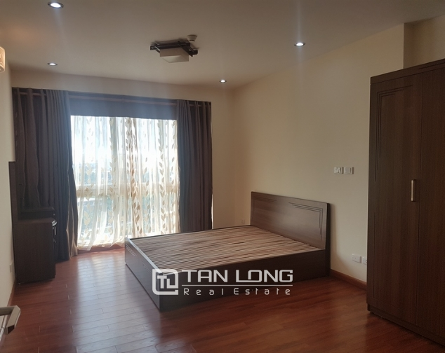 Non furniture 4 bedrooms apartment for rent in P building, Ciputra 6