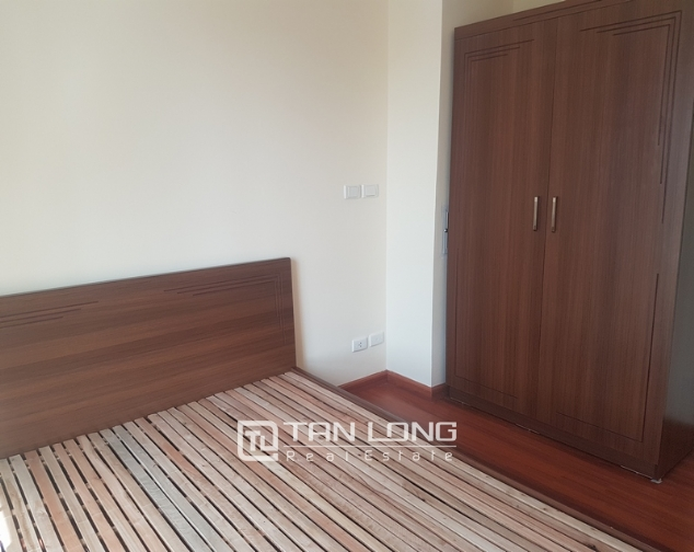Non furniture 4 bedrooms apartment for rent in P building, Ciputra 10