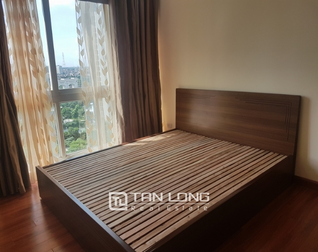 Non furniture 4 bedrooms apartment for rent in P building, Ciputra 9