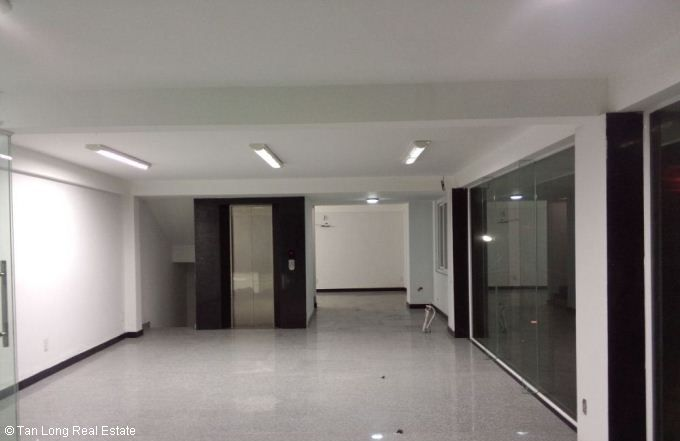 Office for rent in Phuong Mai, Dong Da District 5