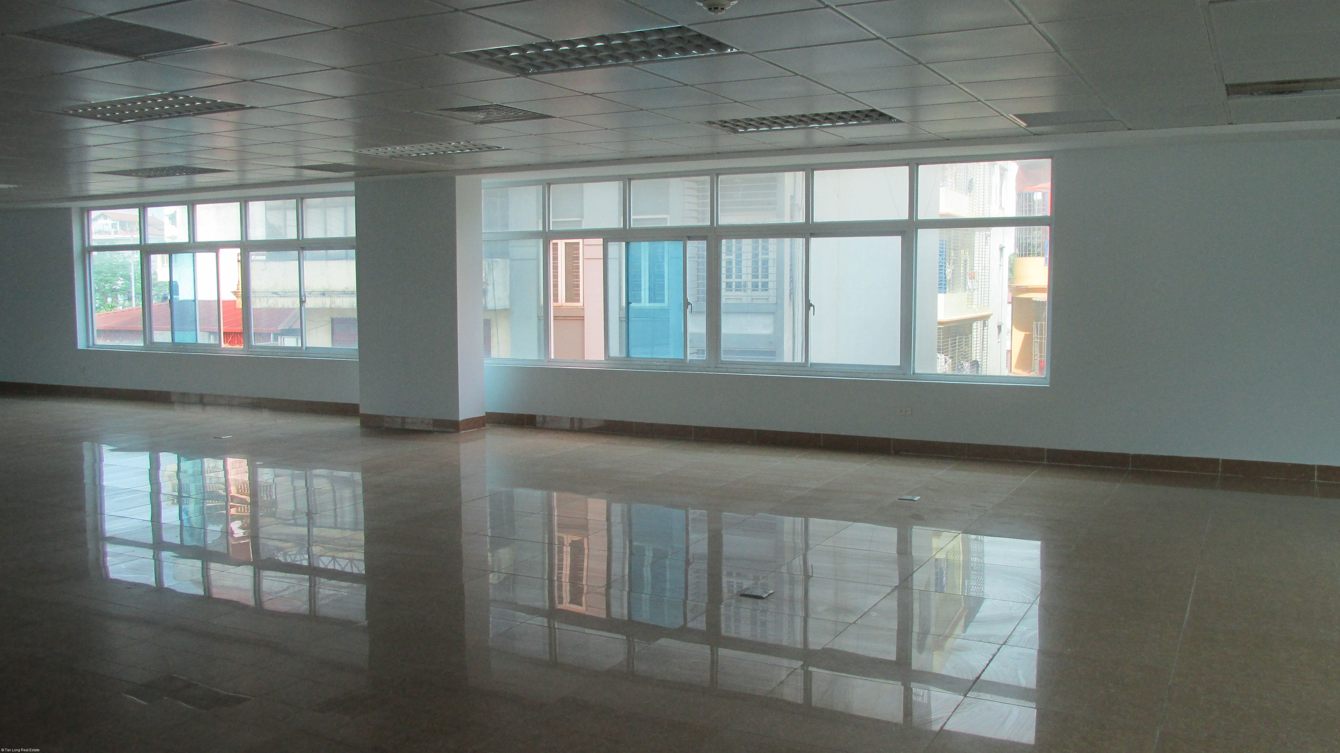 Offices in Hoan Kiem