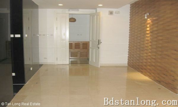 Penthouse apartment for rent in P2 Ciputra Hanoi. 1