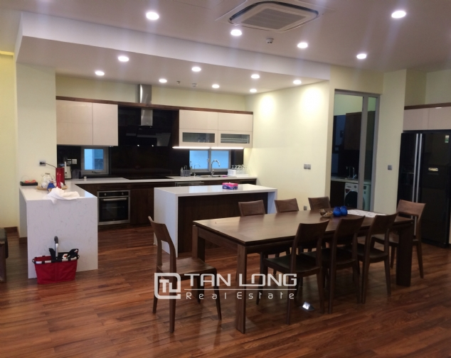 Penthouse for rent in Ngoai Giao Doan, Bac Tu Liem district, Hanoi 3