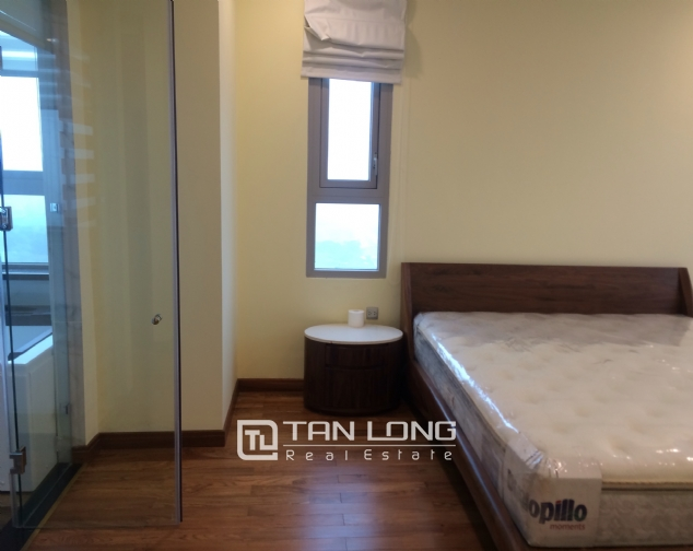 Penthouse for rent in Ngoai Giao Doan, Bac Tu Liem district, Hanoi 5