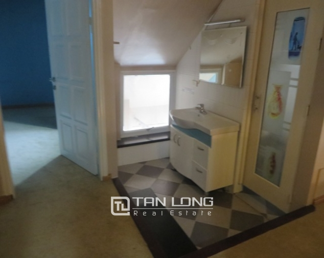 Penthouse for sale in G2 Ciputra, Tay Ho dist, Hanoi 3