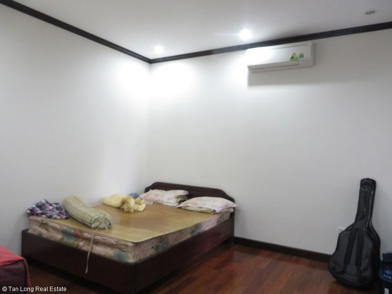 Platinum Residence 2 bedroom apartment for rent in Ba Dinh district. 5