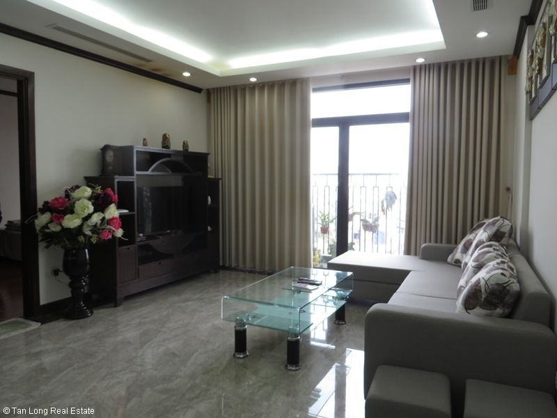 Platinum Residence 2 bedroom apartment for rent in Ba Dinh district. 1