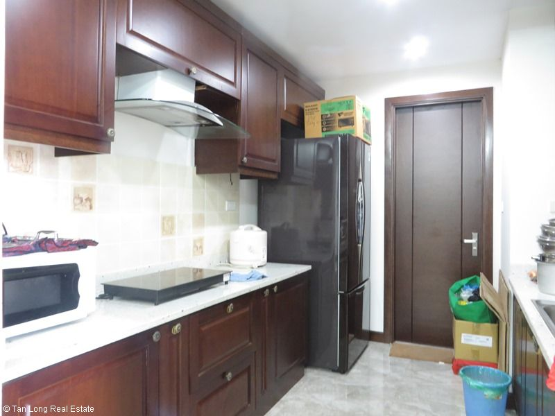 Platinum Residence 2 bedroom apartment for rent in Ba Dinh district. 4