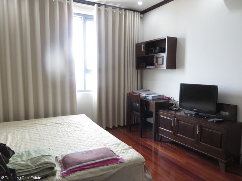 Platinum Residence 2 bedroom apartment for rent in Ba Dinh district. 7