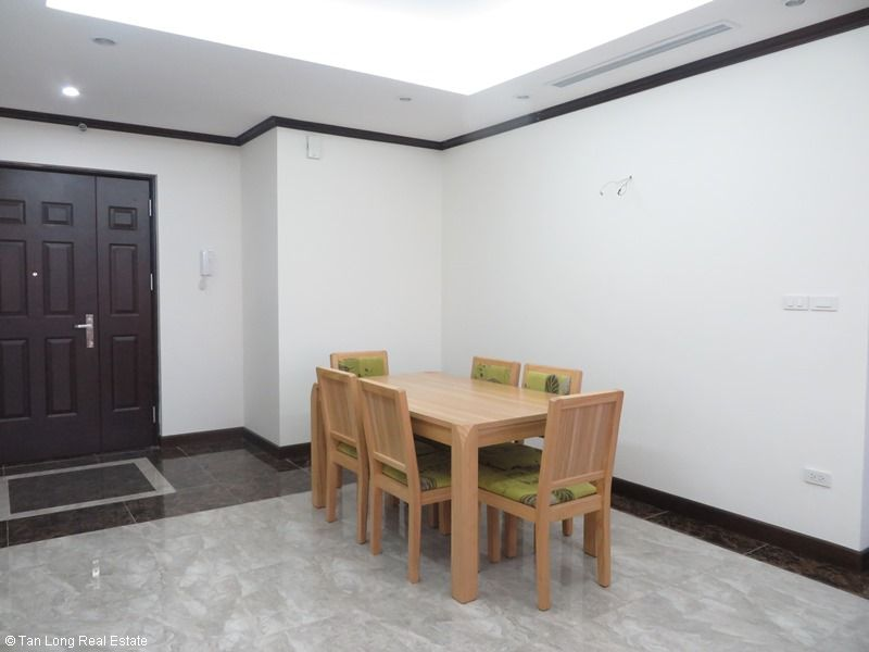 Platinum Residence 3 bedroom apartment to rent in Ba Dinh district. 3
