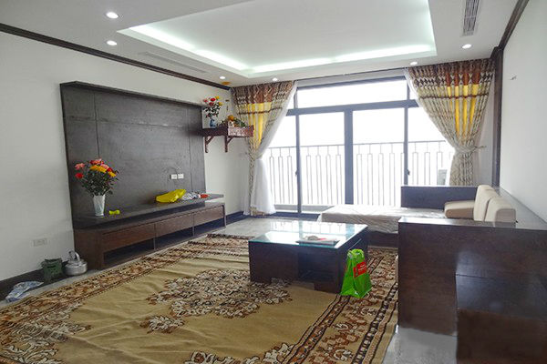 Platinum Residences apartment with 3 bedrooms for rent
