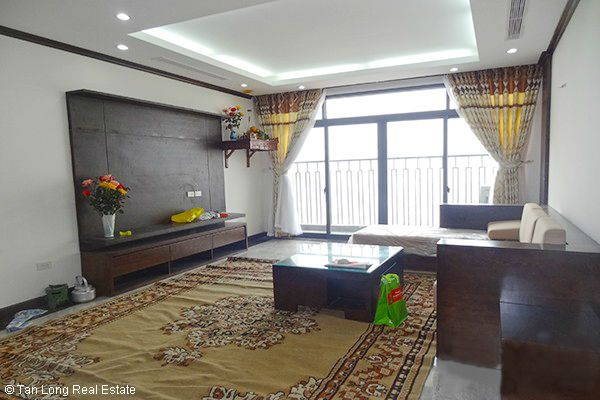 Platinum Residences apartment with 3 bedrooms for rent 1