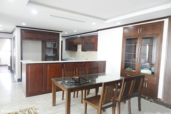 Platinum Residences apartment with 3 bedrooms for rent 3