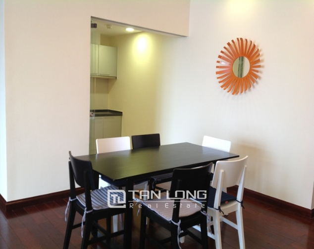 R2 Royal City apartment with 2 bedrooms rental, full furnishings 4