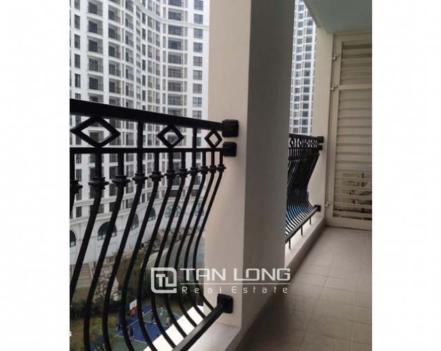 R2 Vinhomes Royal City apartment for lease, 2 bedrooms with full furniture 2