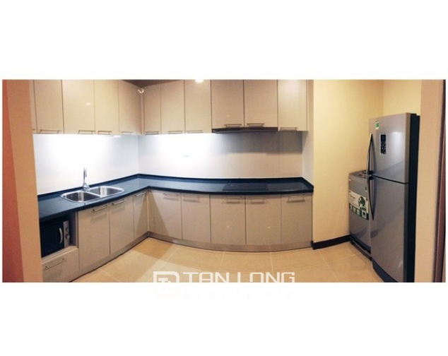 R5 Royal City apartment to rent, 2 beds/ 2 baths 2