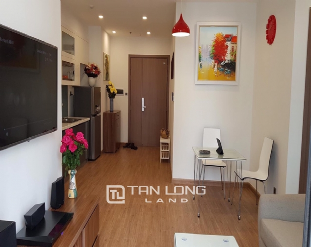 Reasonable 1 bedroom apartment for rent in M1 Tower, Vinhomes Metropolis 2