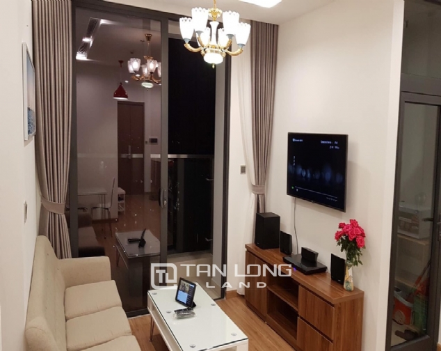 Reasonable 1 bedroom apartment for rent in M1 Tower, Vinhomes Metropolis 3